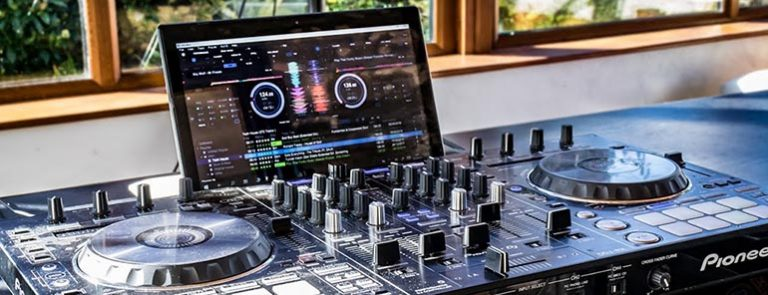 Cheap Laptop for DJing – The Ultimate Guide 2021